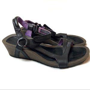 Teva Cabrillo Wedge Sandal 9